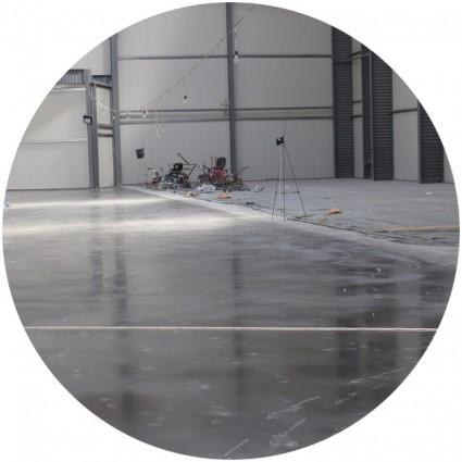 фото наливного пола в гараж
