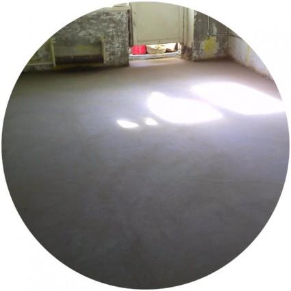 фото жидкого пола в гараже