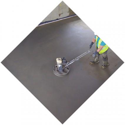 Заливка пола цементной смесью