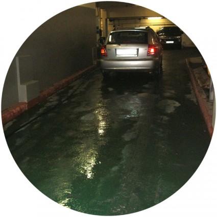 Резиновый наливной пол для гаража